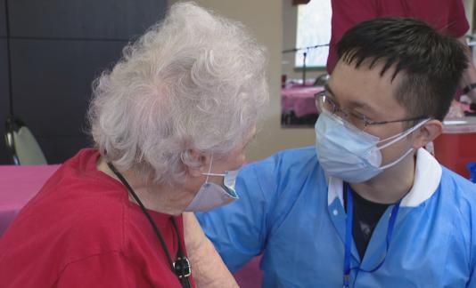 Seniors receive covid-19 vaccine in Texas